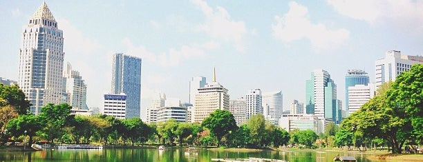 Lumphini Park is one of Live.