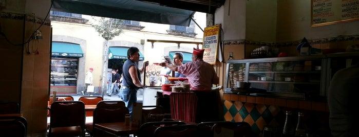 """""""La Cochinita"""" De Bolivar is one of comer rico."""