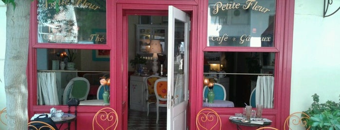 Petite Fleur is one of The best after-work drink spots in Volos.
