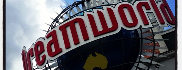 Dreamworld is one of Great Family Holiday Attractions Around Australia.