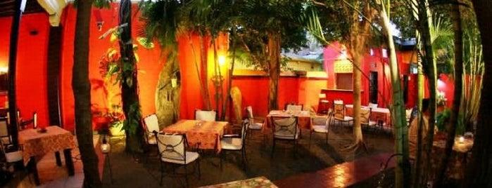 Topolo Wine Bar is one of Mazatlan.