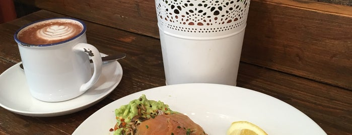 Central Street Cafe is one of London Calling: LDN To Do.
