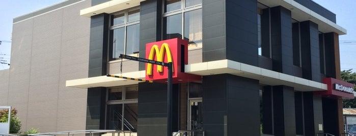 McDonald's is one of 飲食店.