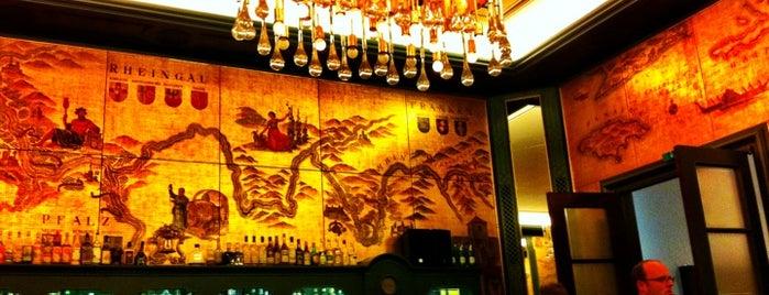 Die Goldene Bar is one of Restaurants in München.