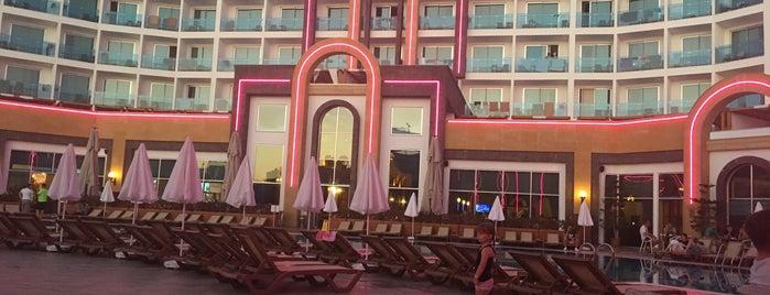 The Lumos Deluxe Resort Hotel is one of antalya~ alanya~ side~belek.