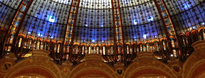 Galeries Lafayette Haussmann is one of Paris - best spots! - Peter's Fav's.