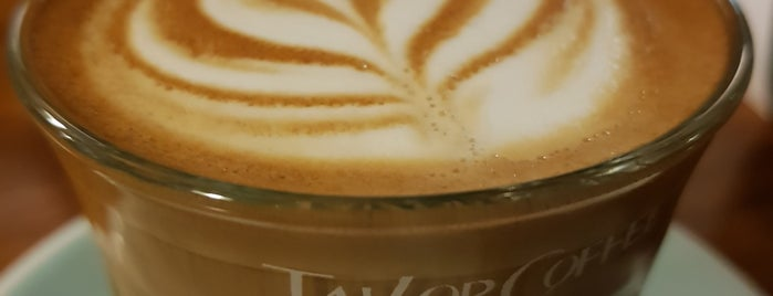 Tailor Coffee is one of The 15 Best Places for Espresso in Seoul.