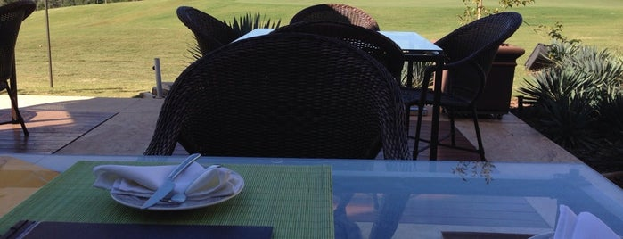 Varanda do Golfe is one of Coxinha ao Caviar.