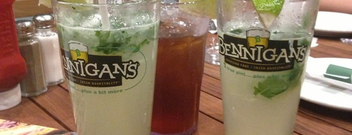 Bennigan's is one of Time tO eat..!!.