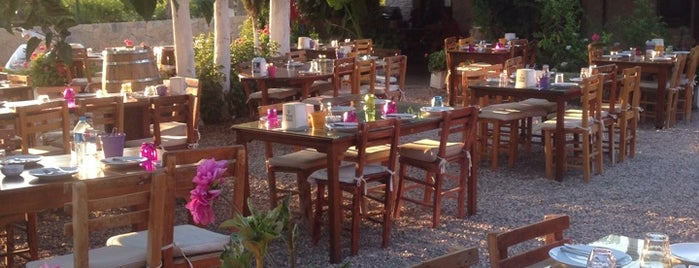 Bağarası Restaurant is one of Cesme bodrum.