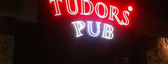 Tudors Pub is one of Seçkin Mekanlar.