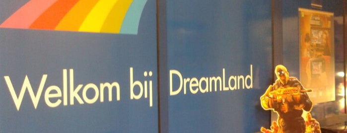 DreamLand is one of Shopping.