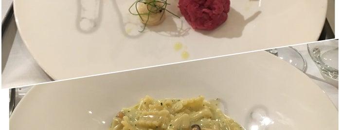 Cannavacciuolo Café & Bistrot is one of Mi-Fuori Porta 🚴.