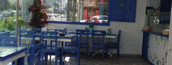 Bitez Dondurma & Waffle is one of cemle gitmek gerek.