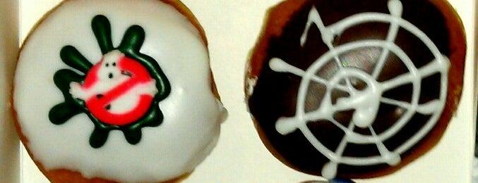 Krispy Kreme is one of cinemark valley view.