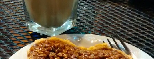 Coffe & Bakery Babel is one of Tulum.
