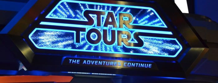 Star Tours: The Adventures Continue is one of ディズニー.