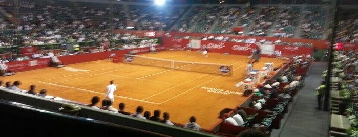 Buenos Aires Lawn Tennis Club is one of En la Ciudad.