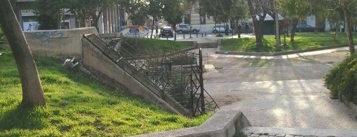 Πλατεία Ελευθερίας (Κουμουνδούρου) is one of Places.