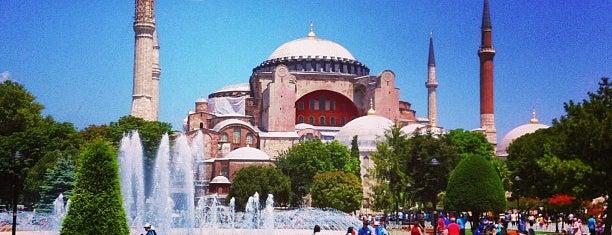 Sultanahmet Meydanı is one of Istanbul - En Fazla Check-in Yapılan Yerler-.