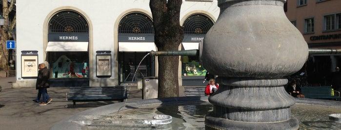 Hermès is one of Цюрих.