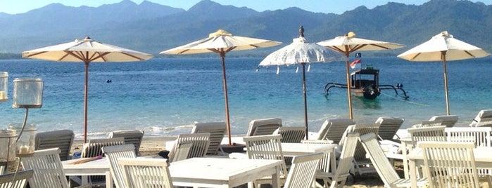 Scallywags Organic Beach Club is one of Bali.