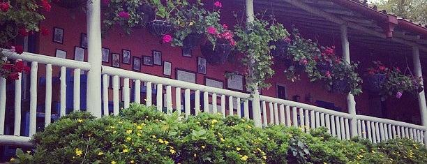 Restaurante La Niebla is one of Restaurantes.