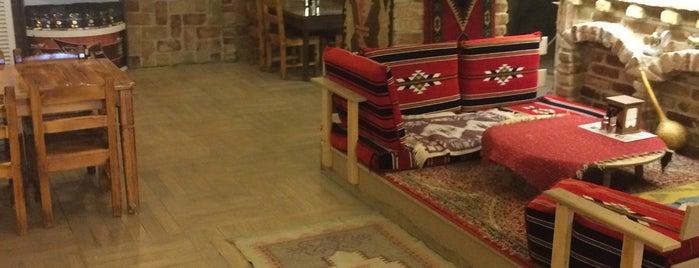 Dürümcü Kel Mehmet is one of Yemede yanında yat....