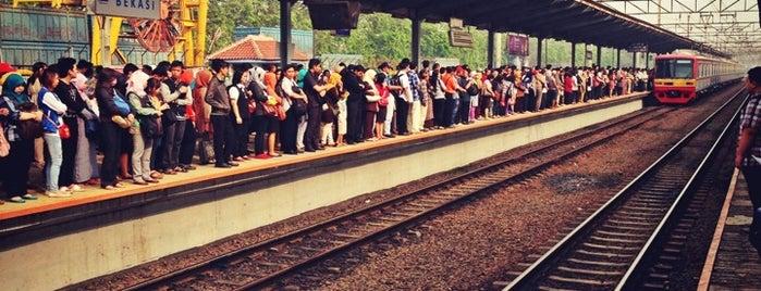 Stasiun Bekasi is one of Bekasi.