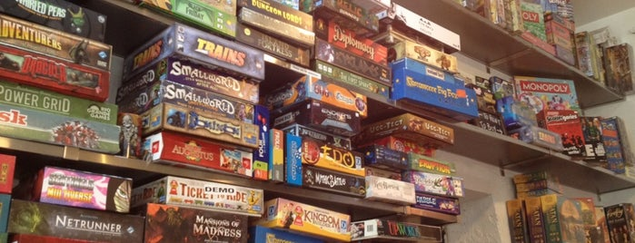 The 15 best places with board games in new york city for Fun activities for adults in nyc