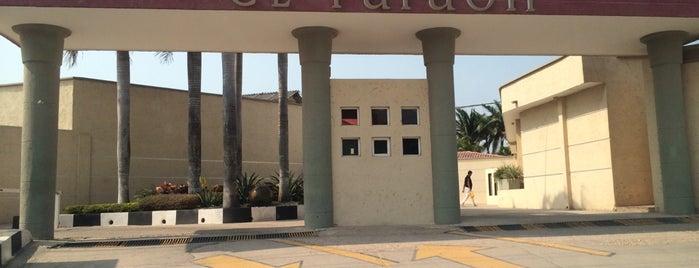 Motel El Faraón is one of Hoteles Colombia.