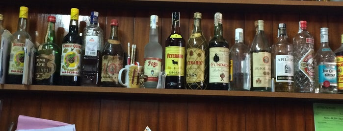 Montserrat Bar-Celler Vins I Caves is one of Lugares donde encontrarme.
