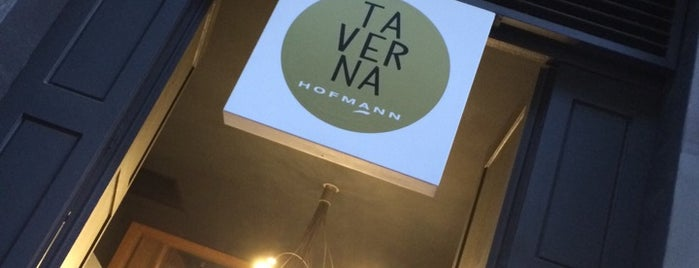 La Taverna Hofmann is one of Restaurantes de nivel en Barcelona.