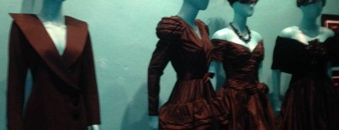 Keni Valenti Gallery is one of Miami.