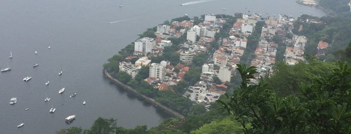 Urca is one of Empresas e Estabelecimentos de Botafogo RJ.