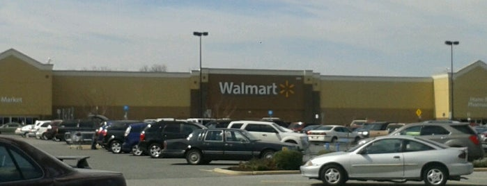 Walmart Supercenter is one of Faves.