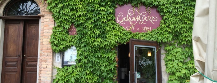 L'aromatario is one of Fuori Milano.