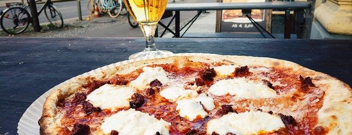 Pizzare is one of Berlin | Vegane Restaurants.