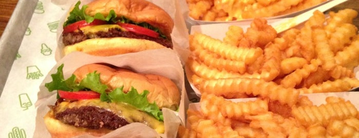 Shake Shack is one of Must-visit Food Around Forty Duece.