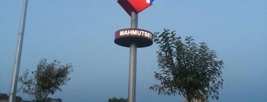 Mahmutbey Metro İstasyonu is one of M3 - Metro İstasyonları.