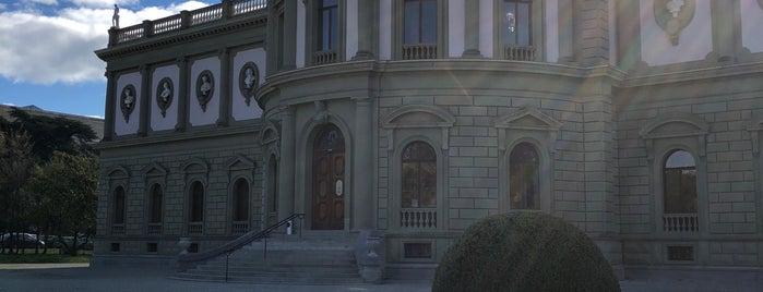 Musée de l'Ariana is one of Genève City Guide.