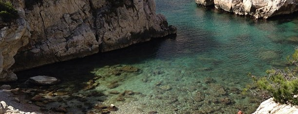 Calanque de Sugiton is one of HangOuts x Shops x Sport.