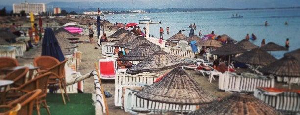 Deniz Beach Bar is one of AYVALIK #1 🏊🏄.