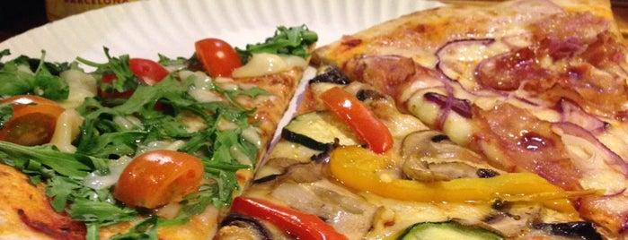 Pizza Pazza is one of Una mica d'Itàlia a Barcelona.