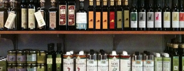 DeLaurenti Specialty Food & Wine is one of Brunch/dining spots.
