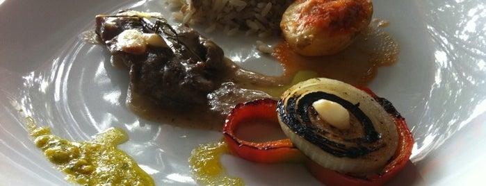 Pereira is one of Restaurant Week Salvador.