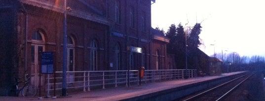 Station Waarschoot is one of Bijna alle treinstations in Vlaanderen.