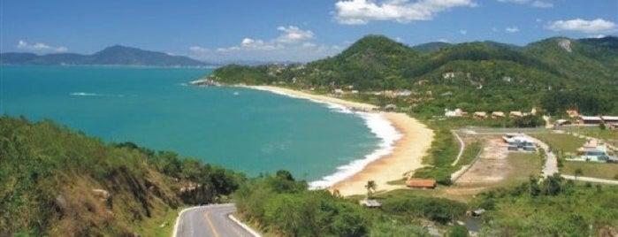 Praia do Estaleiro is one of O Bom do Litoral Sul Catarinense.