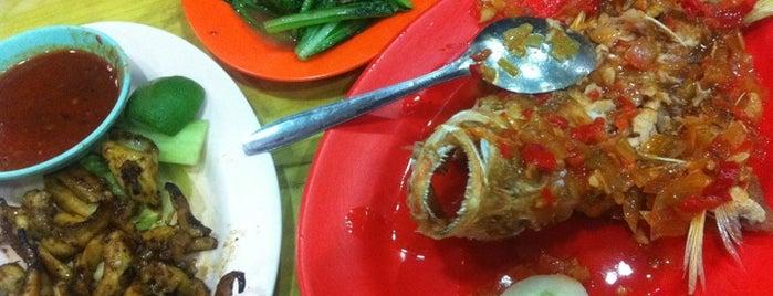"""Tanjung Pinang Chinese Food is one of Bali """"Jaan"""" Culinary."""