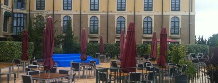 Hotel Villa de Laguardia is one of Mis hoteles favoritos.